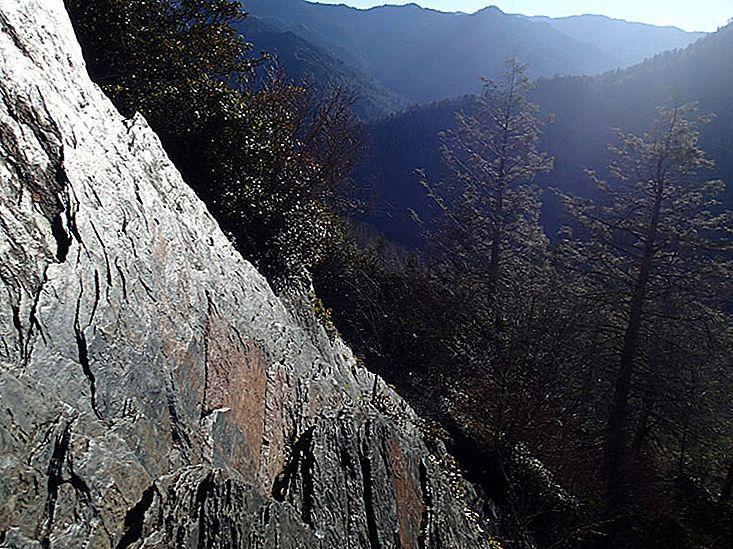 Cele mai bune drumeții din Munții Fumos