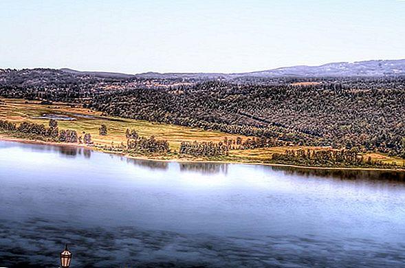 컬럼비아 강 협곡 폭포 근처에 머물 곳 9 곳