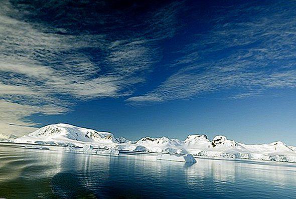 남극 대륙에서의 캠핑, 비디오 및 기타 이야기