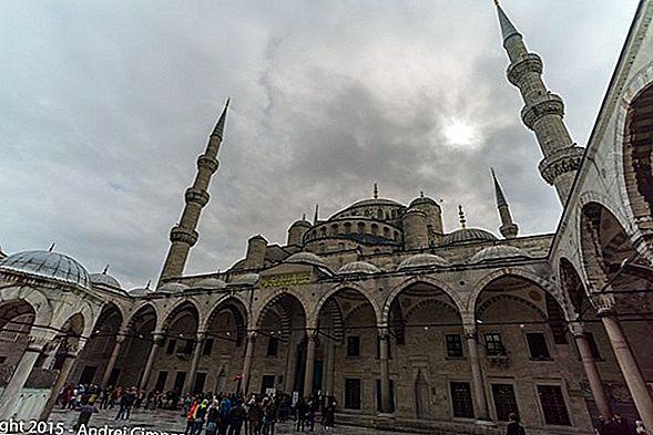 Moscheea Albastră din Istanbul și sfaturi pentru intrare
