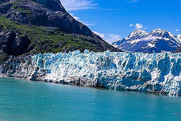ล่องเรือผ่าน Glacier Bay Alaska