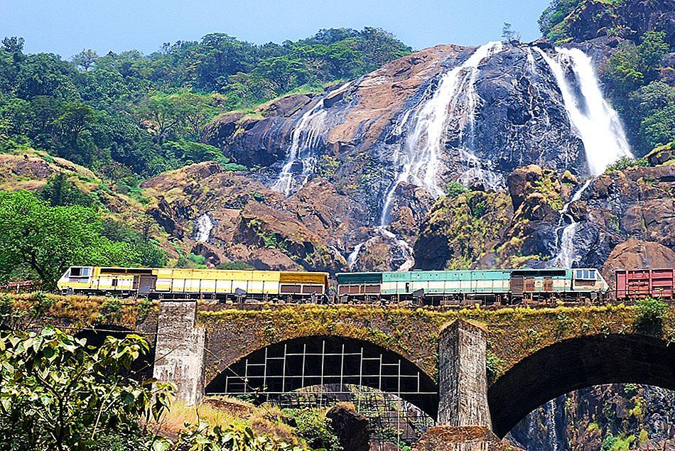 インドで最も美しい鉄道駅10