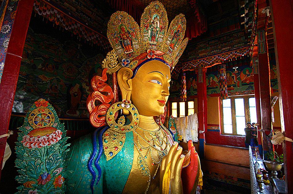 Изучение комплекса храмов Филе: руководство для посетителей