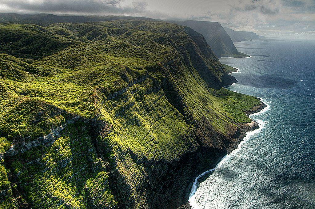 การเดินทางท่องเที่ยวในฮาวาย: Moloka'i