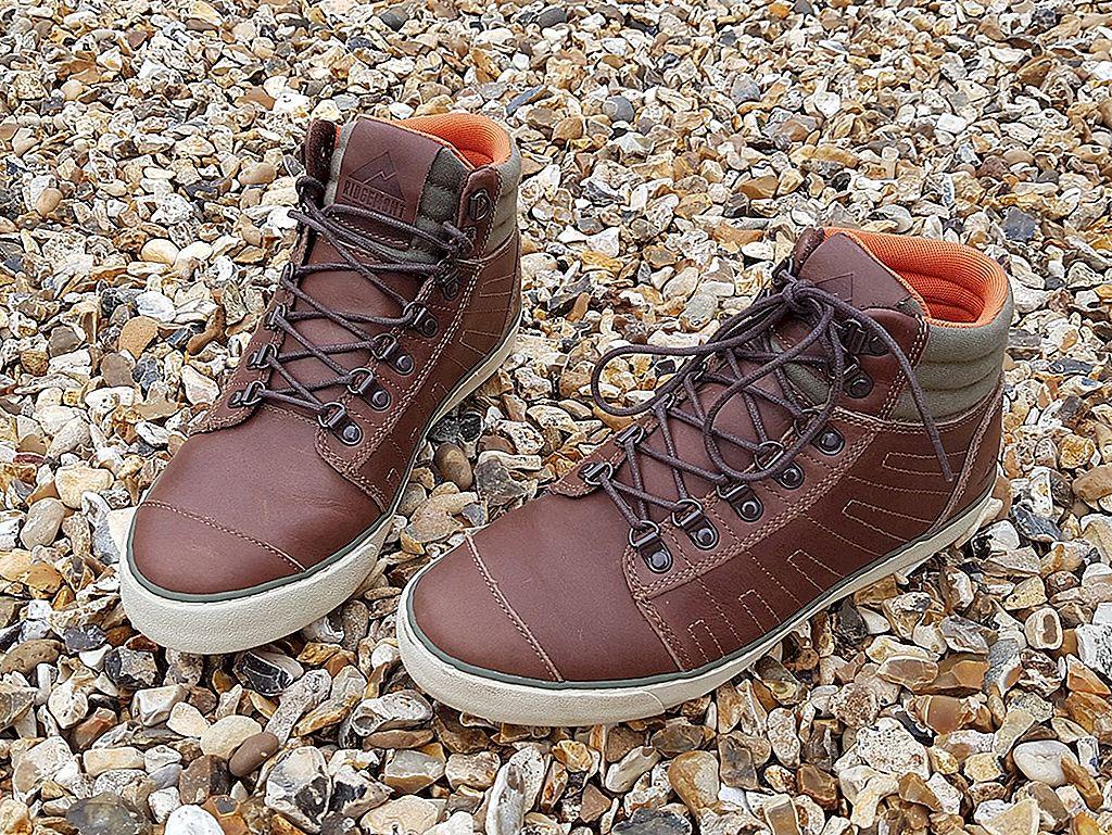 Recenzii pentru uneltele de călătorie: pantofi pentru orice aventură - Lonely Planet