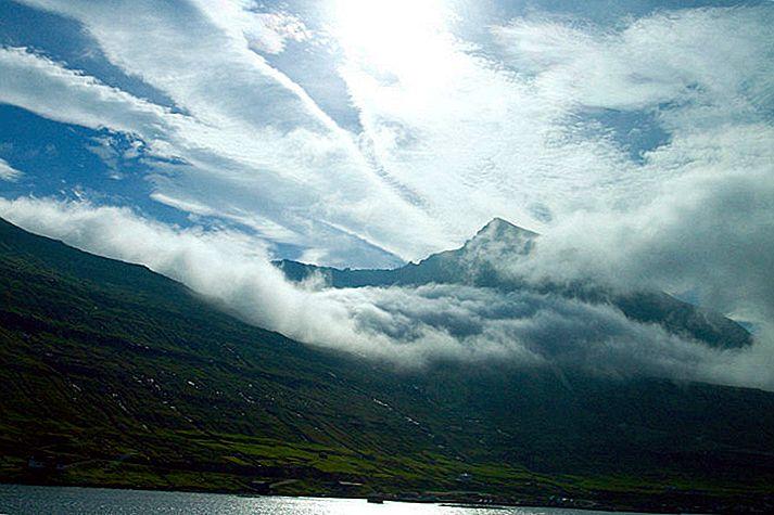ห่างไกลในหมู่เกาะแฟโร: การเดินป่าในเกาะและการดูสัตว์ป่าในมหาสมุทรแอตแลนติกเหนือ