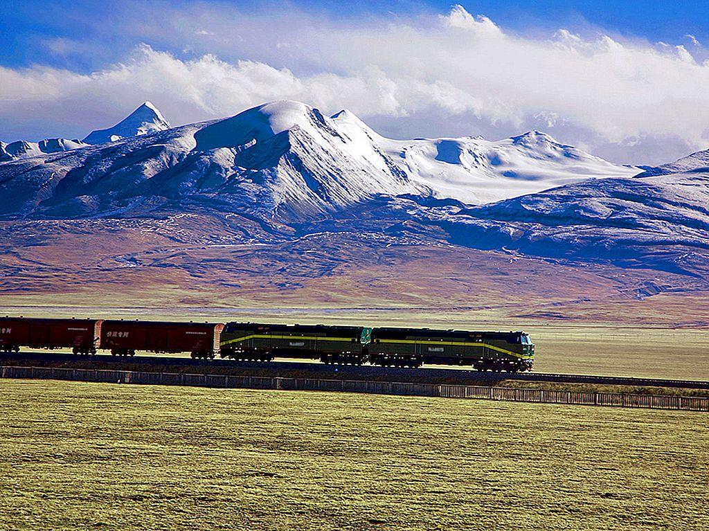 Căile ferate către cer: o călătorie pe trenul Qinghai-Tibet