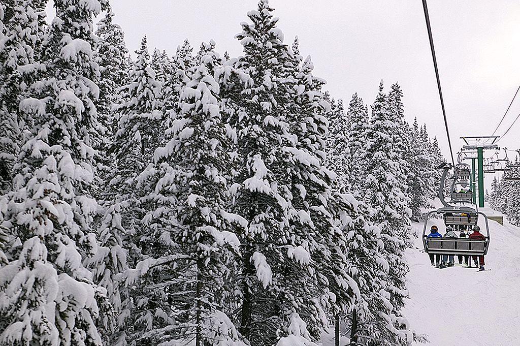 În cazul în care pentru a găsi aventura de familie în Rocky Canadian de iarnă