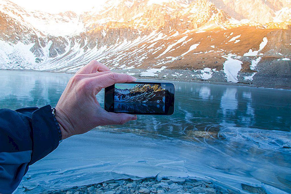 ソーシャルメディアに精通している旅行者のための10の行為と行為