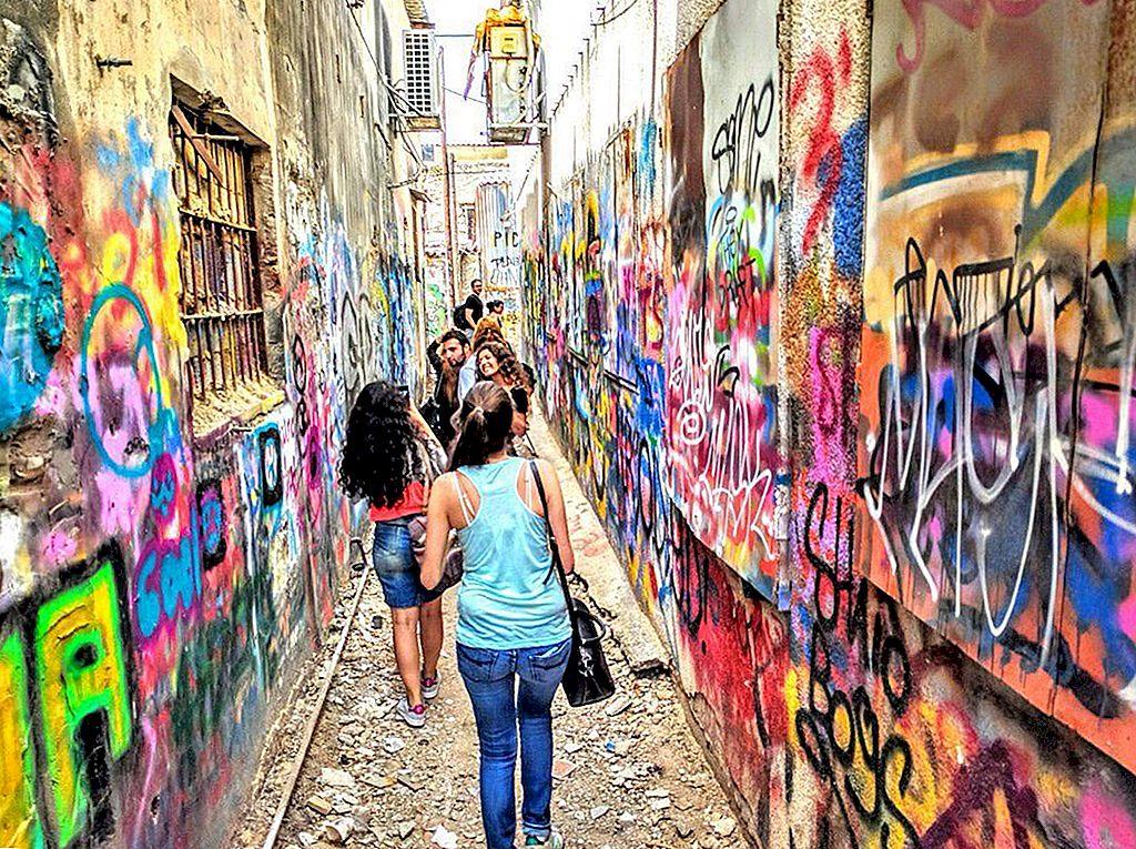 Unde să găsiți cea mai bună artă din Tel Aviv în afara muzeelor sale - Lonely Planet