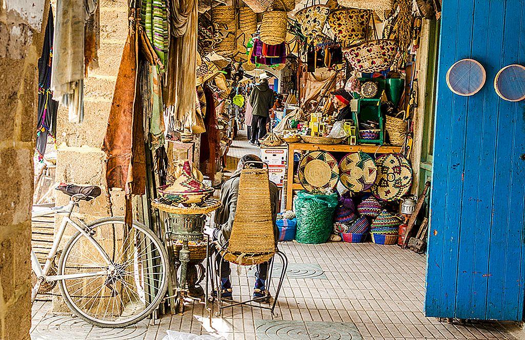 Shopping în Essaouira, Maroc: unde să cumperi ceea ce - Lonely Planet