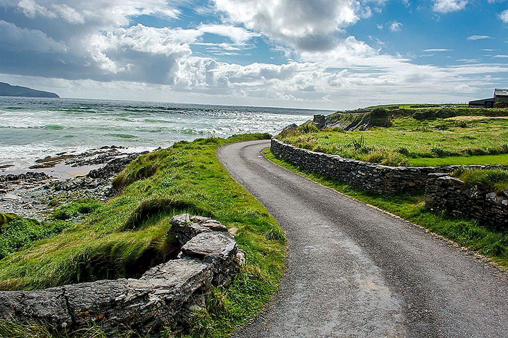 De la autostradă la valuri înalte: cinci excursii pe șosea de coastă