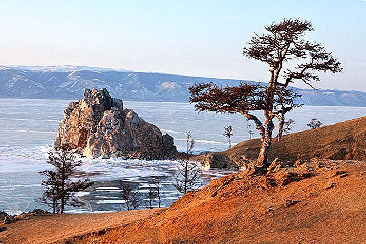 Top 10 lucruri de făcut în jurul lacului Baikal