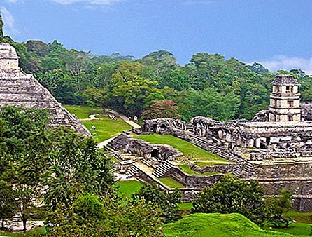 メキシコの古代遺跡を探索する方法