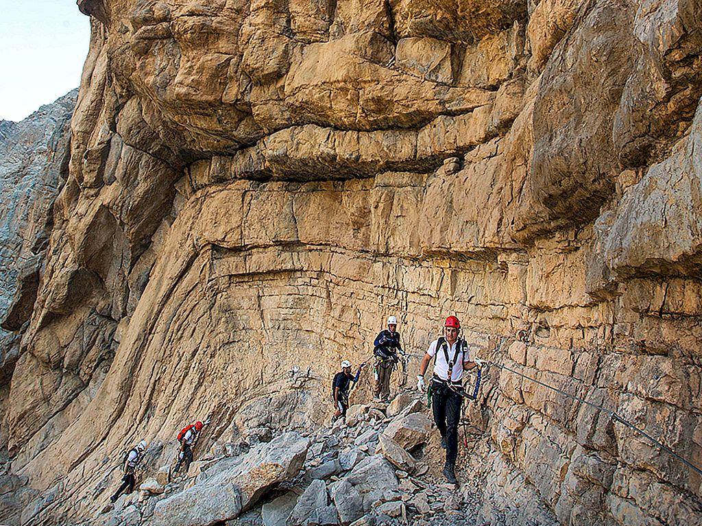 În cazul în care pentru a obține adrenalina graba în Ras Al Khaimah - Lonely Planet