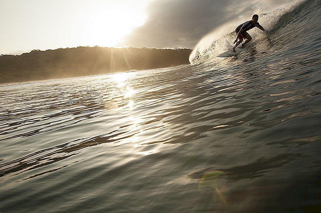 ニカラグアの南海岸に隠れたサーフを見つける場所