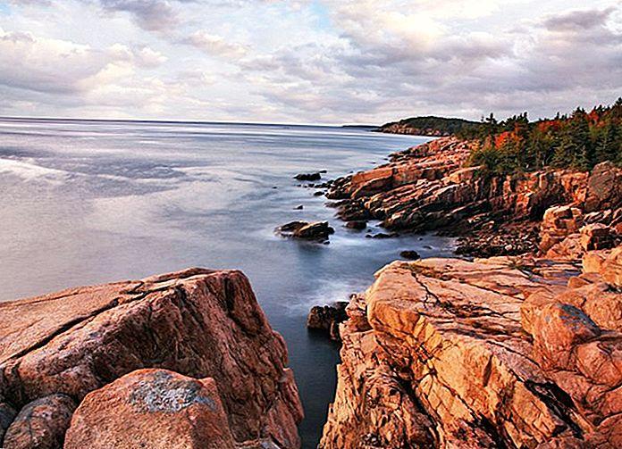 14 สถานที่ท่องเที่ยวยอดนิยมใน Maine