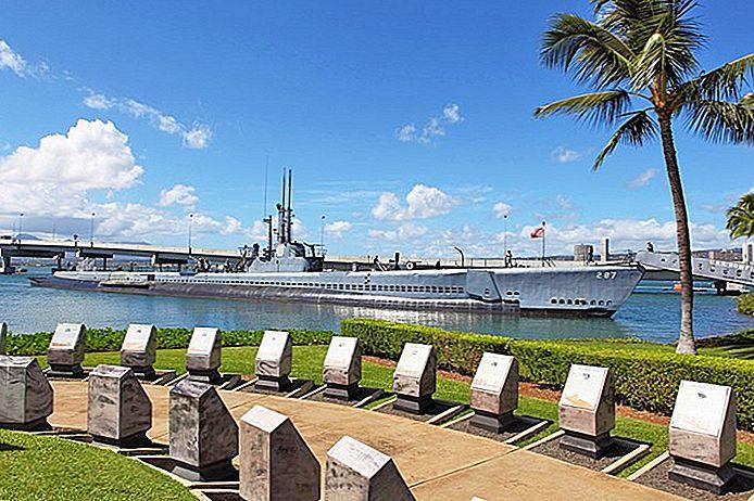 14 самых популярных туристических достопримечательностей в Гонолулу