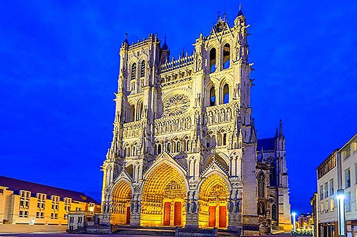 10 Top Sehenswürdigkeiten in Amiens & Einfache Tagesausflüge