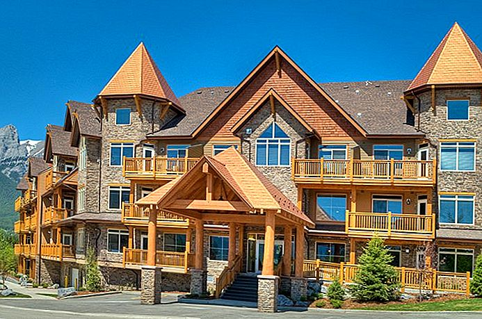 8 Top-Rated Resorts in Canmore