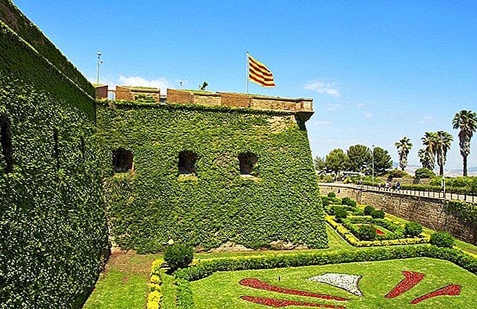 เยี่ยมชมMontjuïc, Barcelona: 11 สถานที่ท่องเที่ยวยอดนิยม, Tours & Hotels